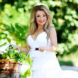 Charming bride Galina, 38 yrs.old from Kharkov, Ukraine