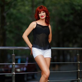 Amazing bride Elena, 42 yrs.old from Nikolaev, Ukraine