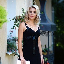Gorgeous bride Elena, 37 yrs.old from Kharkiv, Ukraine