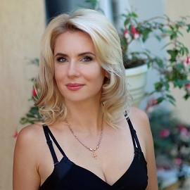 Amazing bride Elena, 37 yrs.old from Kharkiv, Ukraine