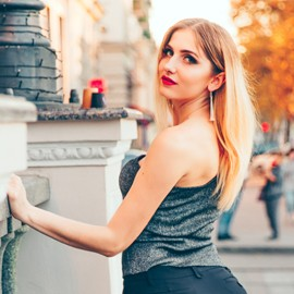 Nice mail order bride Anna, 26 yrs.old from Kharkov, Ukraine