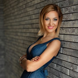 Hot wife Elena, 42 yrs.old from Odessa, Ukraine