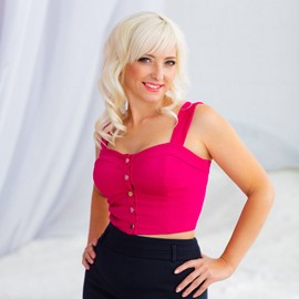 Pretty wife Svetlana, 45 yrs.old from Nikolaev, Ukraine