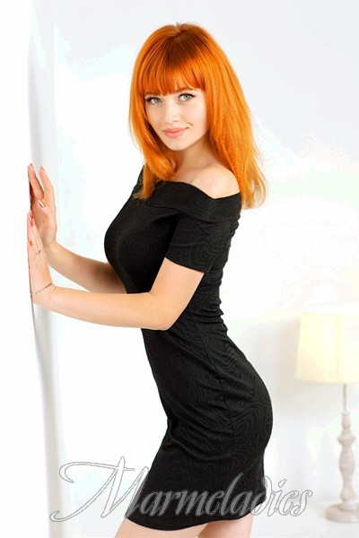 Sexy bride Yelena, 20 yrs.old from Sumy, Ukraine