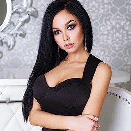 Charming bride Alina, 24 yrs.old from Kiev, Ukraine