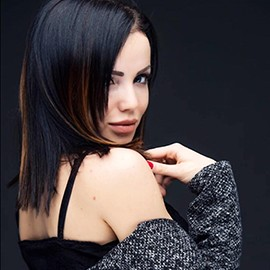 Single woman Alina, 23 yrs.old from Poltava, Ukraine