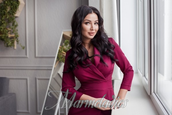 Charming mail order bride Oksana, 30 yrs.old from Novosibirsk, Russia