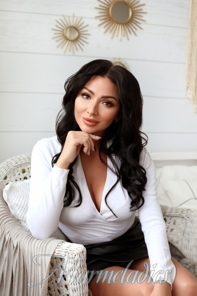 Nice mail order bride Oksana, 30 yrs.old from Novosibirsk, Russia