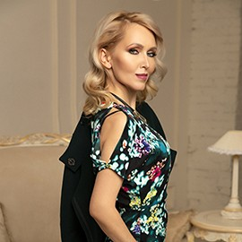 Charming woman Elena, 42 yrs.old from Kiev, Ukraine