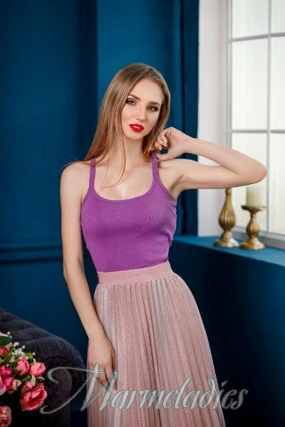 Charming girlfriend Ekaterina, 20 yrs.old from Kropivnitsky, Ukraine