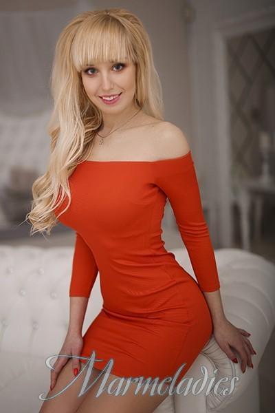 Nice woman Veronika, 23 yrs.old from Kharkov, Ukraine