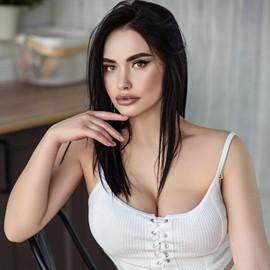 Pretty bride Viktoriya, 24 yrs.old from Mariupol, Ukraine