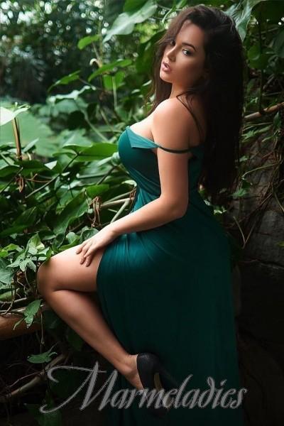 Pretty woman Anna, 32 yrs.old from Kiev, Ukraine