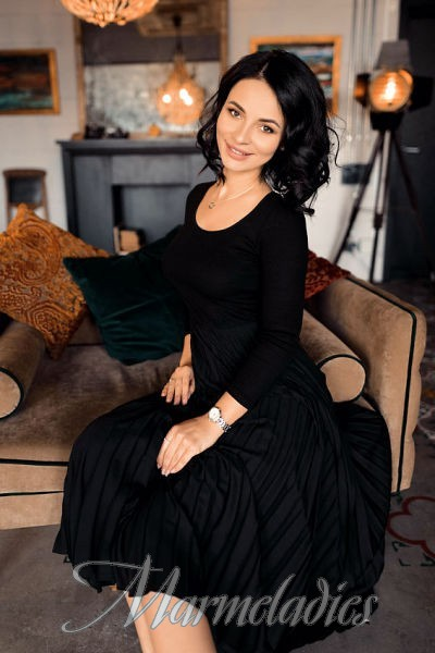 Gorgeous bride Tatiana, 34 yrs.old from Dnipro, Ukraine