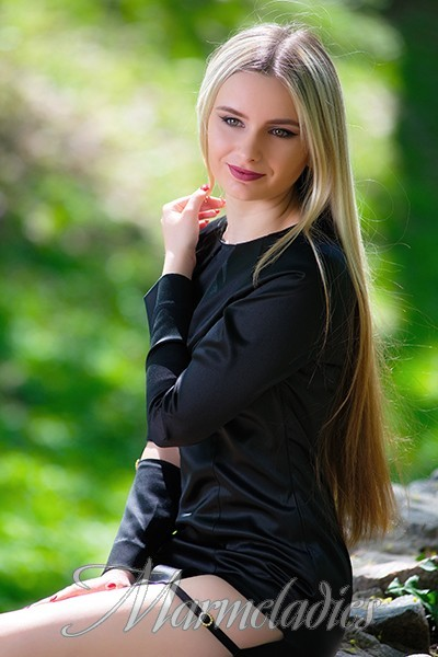 Beautiful woman Valeriya, 18 yrs.old from Konstantinovka, Ukraine
