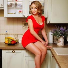Nice mail order bride Elena, 36 yrs.old from Odessa, Ukraine