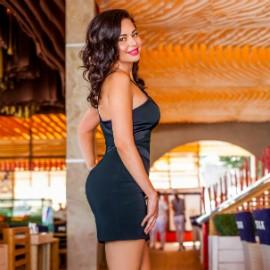 Pretty wife Anna, 33 yrs.old from Odessa, Ukraine