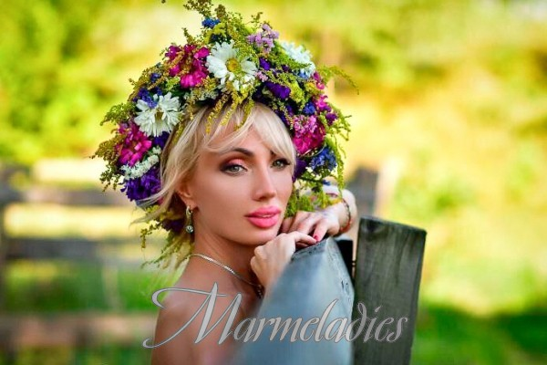 Single girlfriend Svetlana, 47 yrs.old from Donetsk, Ukraine