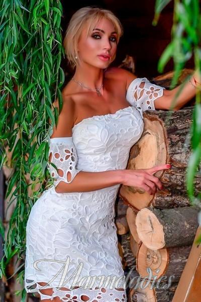 Gorgeous girlfriend Svetlana, 47 yrs.old from Donetsk, Ukraine