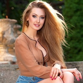 Nice wife Darya, 22 yrs.old from Odessa, Ukraine