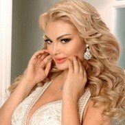 Amazing bride Iulia, 28 yrs.old from Milano, Italy
