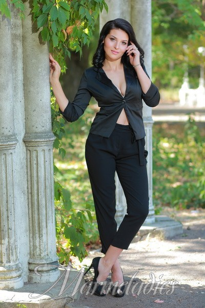 Charming wife Elena, 21 yrs.old from Odesa, Ukraine