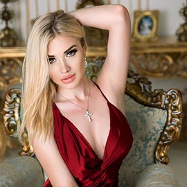 Hot girlfriend Larisa, 22 yrs.old from Lugansk, Ukraine