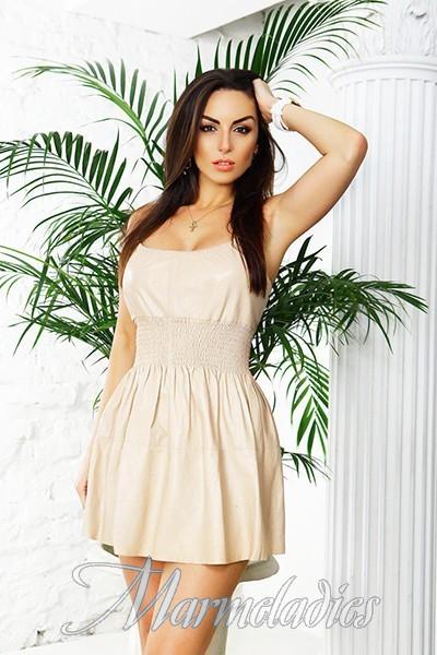 Pretty miss Iryna, 38 yrs.old from Kiev, Ukraine