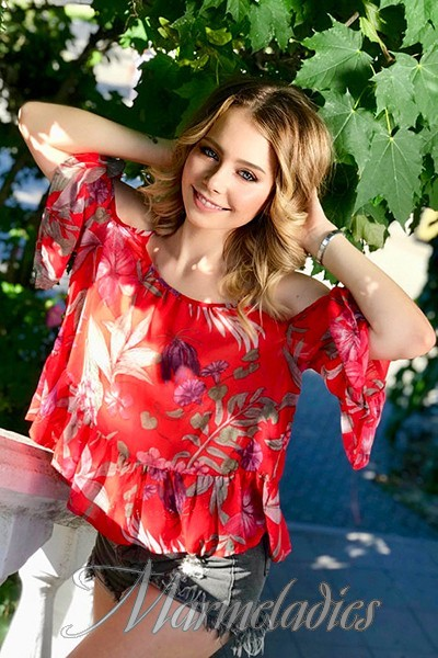 Sexy woman Alina, 22 yrs.old from Sevastopol, Russia