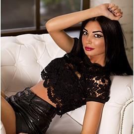 Hot bride Christina, 32 yrs.old from Kiev, Ukraine