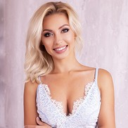 Charming girl Marina, 29 yrs.old from Vyshhorod, Ukraine