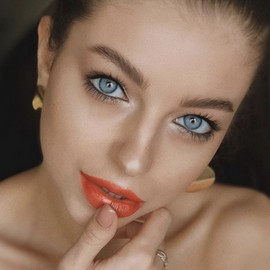 Charming mail order bride Anna, 23 yrs.old from St. Petersburg, Russia