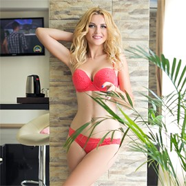 Amazing woman Anna, 34 yrs.old from Milford, United Kingdom