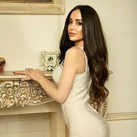 Charming girlfriend Anna, 31 yrs.old from Kiev, Ukraine