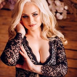 Nice wife Stela, 34 yrs.old from Kishenev, Moldova