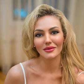 Amazing miss Anastasiya, 32 yrs.old from Simferopol, Russia