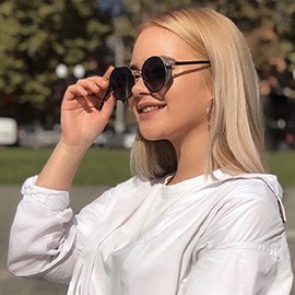 Charming woman Valeria, 20 yrs.old from Kherson, Ukraine