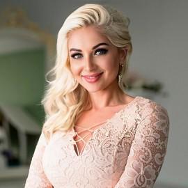 Pretty wife Vitalina, 38 yrs.old from Berdyansk, Ukraine